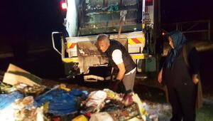 Görenler şaşkına döndü... 2 ton çöpün içinde 1 saat boyunca aradı