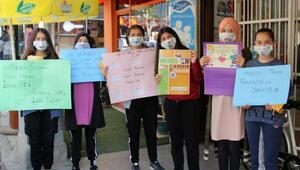 Liselilerden maskeli farkındalık etkinliği
