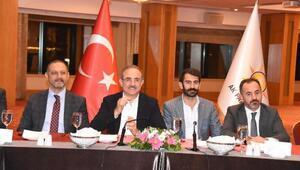 AK Partili Sürekli, gazeteciler ile buluştu