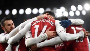 Arsenalda Xhakanın yerine kaptanlığa Aubameyang getirildi