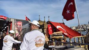 Eminönündebalık-ekmek teknesi çalışanlarından mahkeme kararına tepki