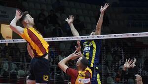 Derbi maçta Galatasaray, Fenerbahçeyi kolay geçti