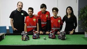 Türk robot takımı Roboscorpion olimpiyatlarda şampiyonluk hedefliyor