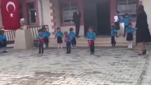 Okuldaki tören görüntüsü WhatsApp grubundan