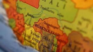 Burkina Fasoda seferberlik ve 3 gün yas ilan edildi
