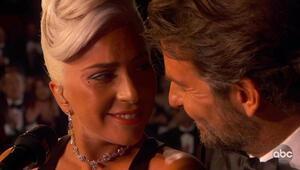 Sahnede aşk yaşamışlardı: Ve sonunda itiraf etti