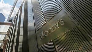 Moodys İngilterenin not görünümünü negatife çevirdi