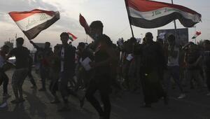 Irakta gösterilere katılan aktivist öldürüldü