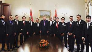 Cumhurbaşkanı Erdoğan, Beşiktaş Kulübü heyetini kabul etti