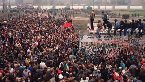 Berlin Duvarı'nın yıkılışının 30'uncu yılı