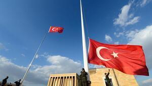 10 Kasımda bayrak yarıya iner mi
