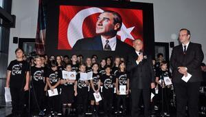Ahmet Nur Çebi, Atatürkü anma törenine katıldı
