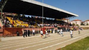 Akşehirde atletizm yarışması düzenlendi