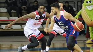 Gaziantep Basketbol 83 - 88 Anadolu Efes