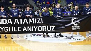 Fenerbahçeden flaş karar Atatürk pankartını tutmayan Sloukas...