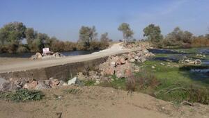 Mustafakemalpaşa'da 10 mahalleyi birbirine bağlayan köprü yapıldı
