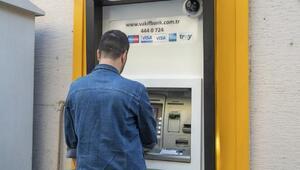 Büyükşehir, öğrenim yardımının ilk taksitini ödedi