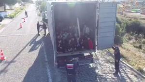 Çanakkalede kapalı kasa kamyonda böyle bulundular