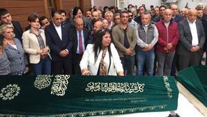 Fatihte ölü bulunan 4 kardeş son yolculuğuna uğurlandı