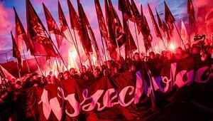 Polonya'da 'Ulusal Bağımsızlık Günü' yürüyüşü