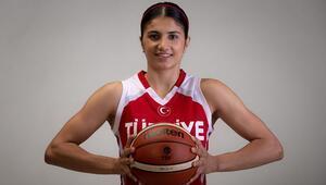 Milli basketbolcu Merve Aydın, Fransada oynamanın mutluluğunu yaşıyor