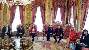 AKDEV, Atayı Dolmabahçe'de andı
