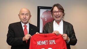 Kulüpler Birliği Vakfı yöneticilerinden TFF Başkanı Nihat Özdemire ziyaret