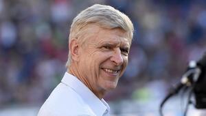 Fransız teknik direktör Arsene Wenger FIFAda çalışacak