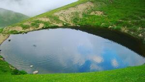 Dipsiz Göl'de 15'inci Apollinaris lejyonunun altın küpü aranmış