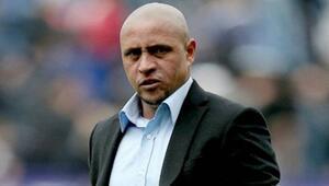 Roberto Carlos, derbi favorisini açıkladı Atmosferi iyi bilirim...