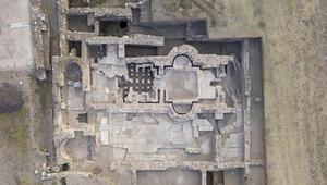 İzmirdeki kazı tarihe ışık tutuyor