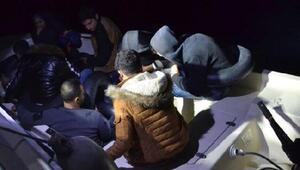 Fiber teknede kaçak 9 göçmen yakalandı