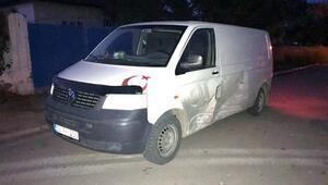 Kayseride minibüs ile otomobil çarpıştı: 3 yaralı