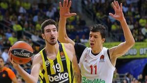 Fenerbahçe Beko seri peşinde De Colodan mesaj var...