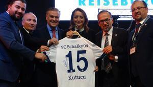 Ahmed Kutucu'nun forması açık artırmada 1000 euroya satıldı