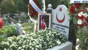 Naim Süleymanoğlu kabri başında anıldı