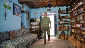 Kula evlerinin turizm elçisi: Zabun Hoca