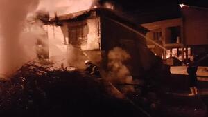 Adıyamanda ev yangını