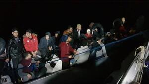 Didimde 2 lastik botta 80 kaçak göçmen yakalandı