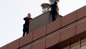 İntihara kalkışan temizlik işçisini polis ikna etti