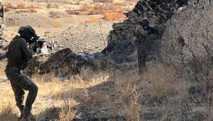 Hakkaride PKK mühimmatı ele geçirildi