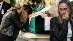 Yaşar Büyükanıtın eşi son yolculuğuna uğurlandı