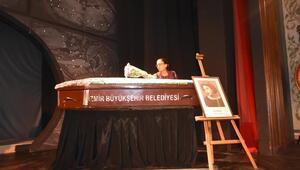 Usta tiyatrocu ile ilgili gerçek cenazesinde ortaya çıktı