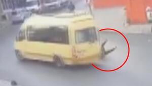 Tam o an Minibüsten böyle düştü...