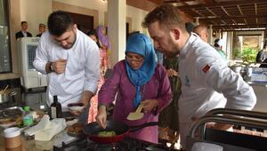 Ünlü Türk şef, Malezya Kraliçesine Türk yemeklerini tanıttı