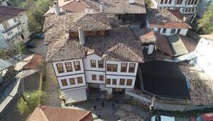 Açık hava müzesini andıran Yörük köyü binlerce turiste ev sahipliği yapıyor