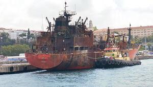 O gemiler haczedildi
