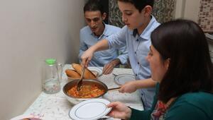 'Günün Menüsü' etkinliğiyle mutfaklara girdiler