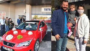 Kanseri yenen eşini gelin arabasıyla karşıladı
