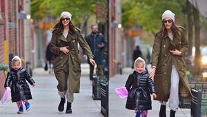 Ver elini kızım Irina Shayk kızı Lea yürüyüşte